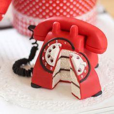 cake-phone.jpg